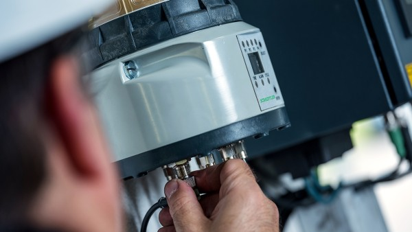 Concept8润滑器可精确地为多达八个润滑点提供适量的润滑油脂。
